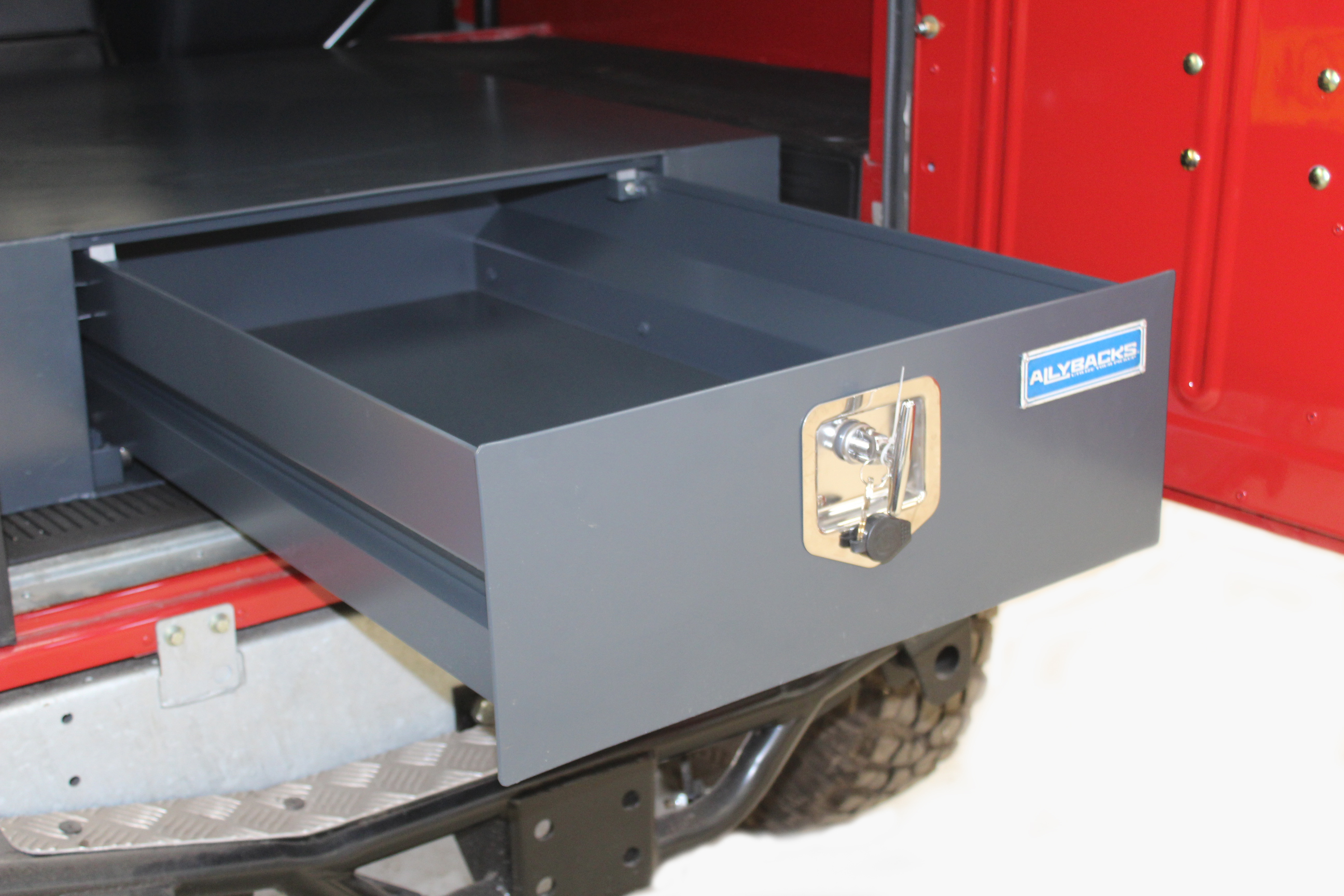 Truck Tool Box With Drawers >> Allybacks Defender Slinding drawer for Defender